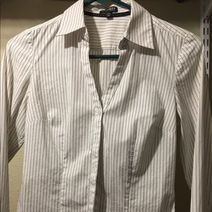 Express Essential Stretch Stripe Button Down Shirt